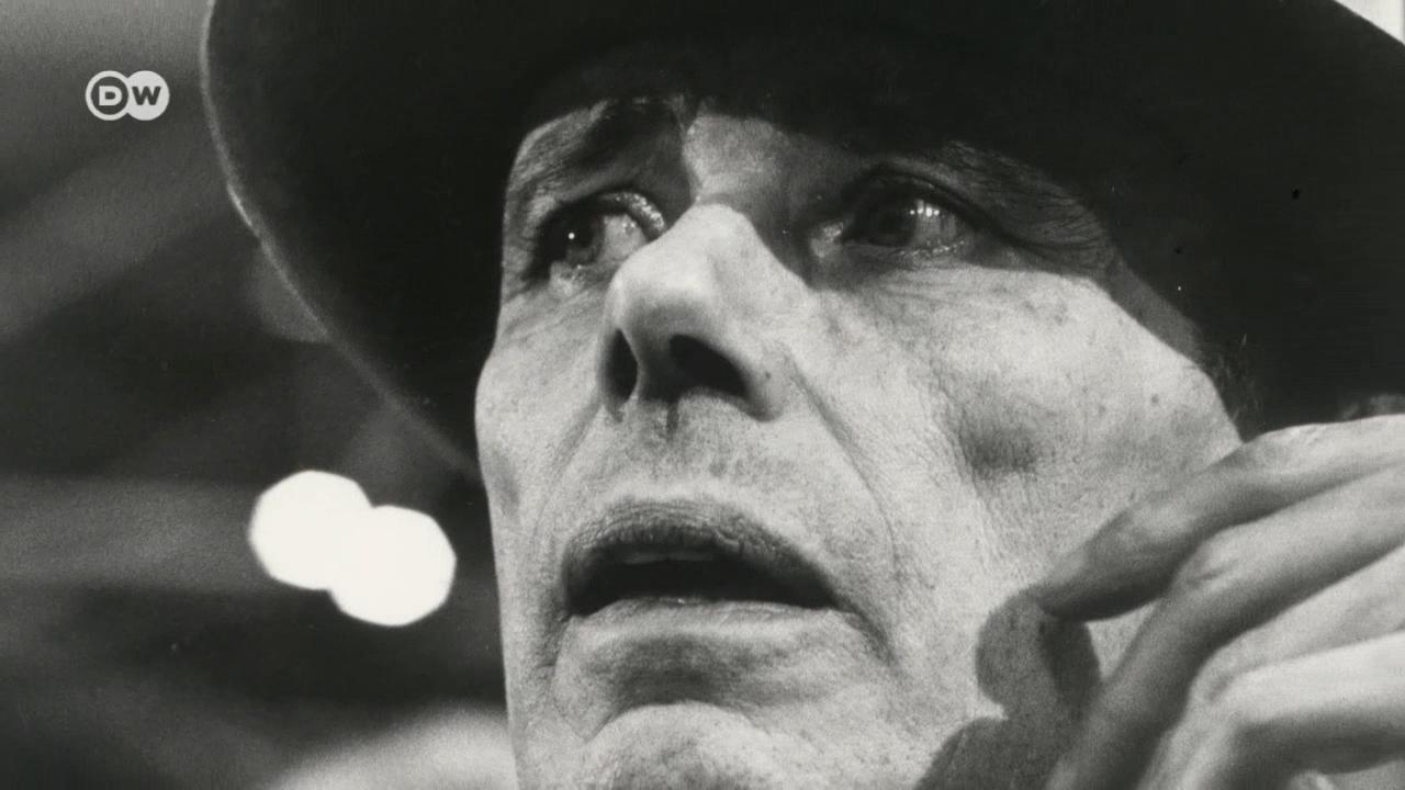O artista alemão que virou o mundo artístico de ponta-cabeça nos anos 60 completaria 100 anos em 2021.