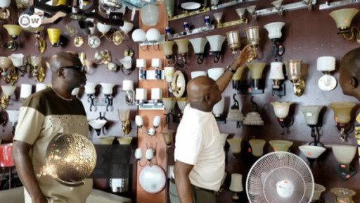 Der ghanaische Warenbestand aus chinesischen Artikeln reicht nur noch wenige Wochen.