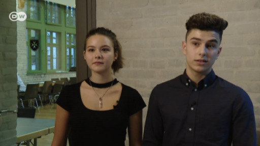 Musical theater is a way for teenage refugees and their German peers to share their experiences.
